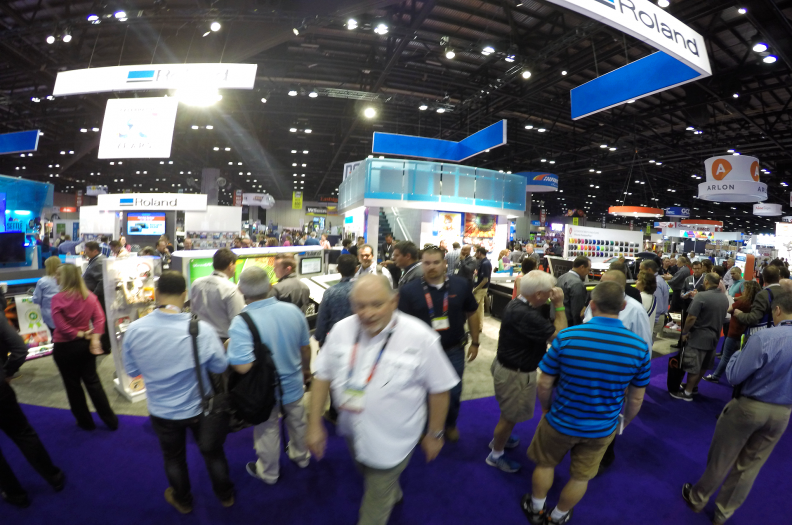 sign-expo-huge-show-2016